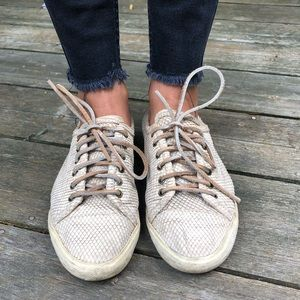 Frye leather mindy low lace tennis shoes 5.5